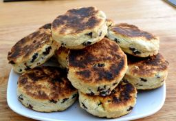 Welsh Cakes ( and bees )